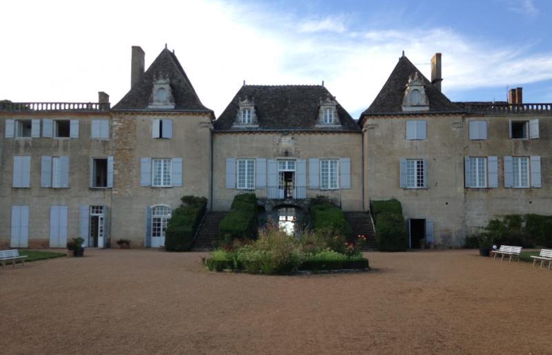 Au chateau de Monceau, des bénévoles et des seniors